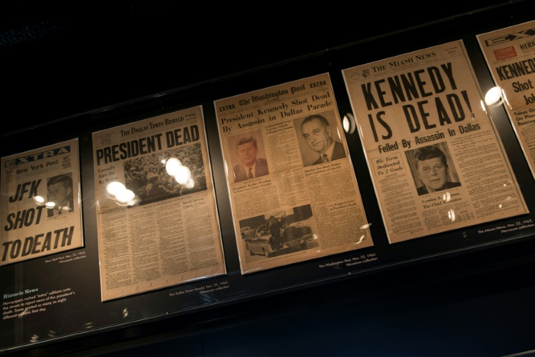 États-Unis : Trump publie près de 3.000 documents sur l'assassinat de Kennedy
