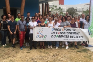 "Illustration : Formation USEP: enseignants et parents ""y met la main ensamb"" pendant les vacances"