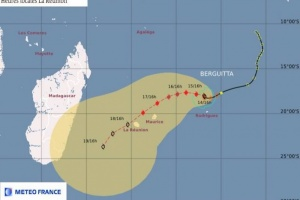 Illustration : Berguitta se transforme en forte tempête tropicale