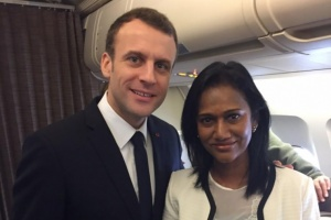 Illustration : Nadia Ramassamy accompagne Emmanuel Macron en Inde
