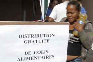 Illustration : Distribution de colis alimentaires