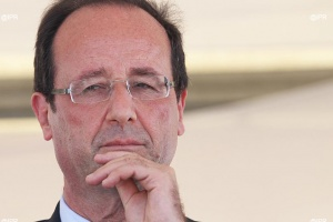 Illustration : Apprentissage : Hollande ou le serpent kaa, aie confiance je vais t'étrangler