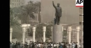 Illustration : Chute statue Saddam Hussein