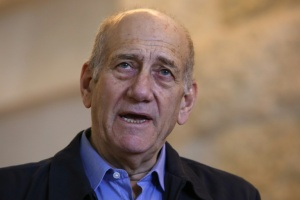 Illustration : Iraël: Olmert entre en prison pour corruption
