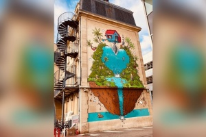 Illustration : Le graffeur Jace investit la façade d'un hôpital à Nancy