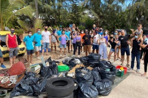 Illustration : World Cleanup Day à La Réunion: 1,2 tonnes de déchets, dont 25.500 mégots, collectés