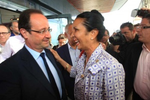 Illustration : François Hollande rencontre Huguette Bello