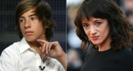 Illustration : Montage photo représentant Jimmy Bennett (g), le 1er avril 2010, et Asia Argento, le 19 mai 2018 à Cannes