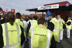 Illustration : Air France: nouveau CCE, les syndicats appellent à manifester