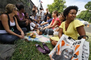 Illustration : Le PCR et l'AJFER veulent un recrutement local