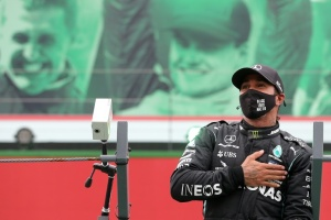 Illustration : Lewis Hamilton bat le record de victoires de Michael Schumacher