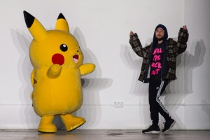 Illustration : Pikachu, provoc' et jeunes talents: les temps forts de la Fashion Week de Londres