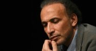 Illustration : L'islamologue suisse Tariq Ramadan, à Bordeaux, le 26 mars 2016