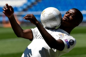 Illustration : Le prodige brésilien Vinicius Jr arrive au Real Madrid