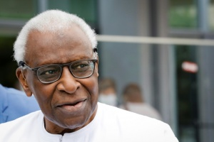 Illustration : Dopage et corruption dans l'athlétisme: à son procès, Lamine Diack assume le minimum