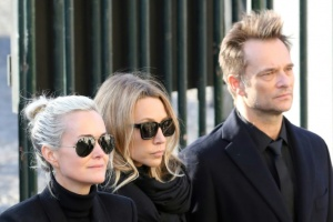 Illustration : Laura Smet et David Hallyday réclament le gel de royalties