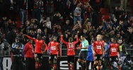 Illustration : Les joueurs de Rennes se congratulent apr�s un but contre Guingamp, le 30 septembre 2016 au Roazhon Park