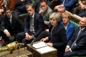 Illustration : Lourdement défaite sur le Brexit, Theresa May face à une motion de censure