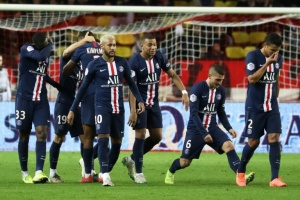 Illustration : Ligue 1: Paris se rattrape sur le Rocher
