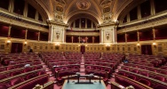Illustration : L'hémicycle du Sénat à Paris