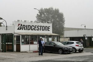 Illustration : Bridgestone va fermer son usine de Béthune